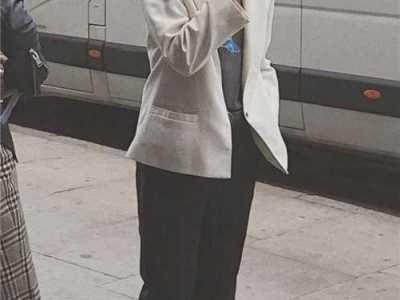 baby牛仔裤图片 这条178元的牛仔裤Angelababy穿了小半年